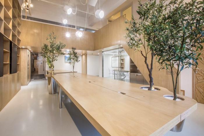 desain interior kantor minimalis natural 04