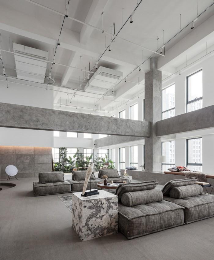 desain ruang kantor sederhana serta luas
