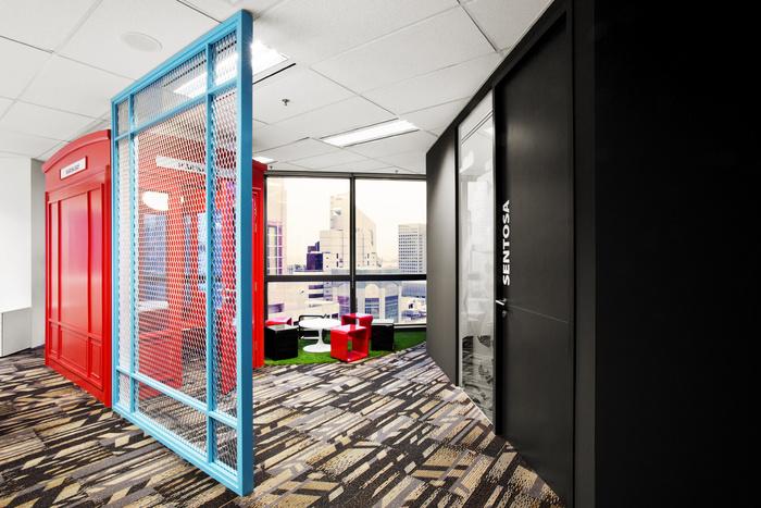 Desain ruang kantor unik 03