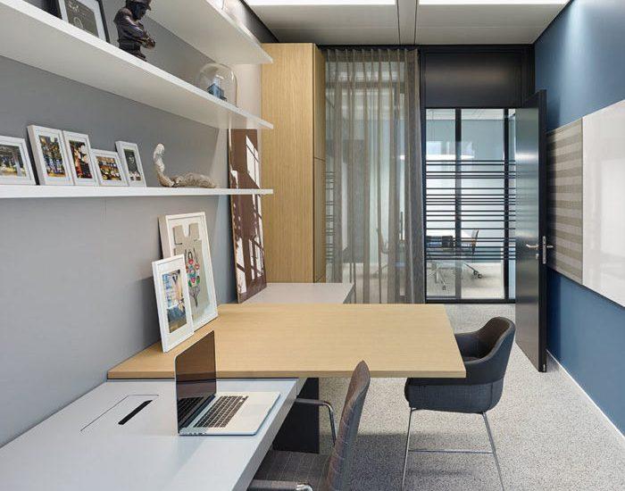 desain-interior-kantor-futuristik-10