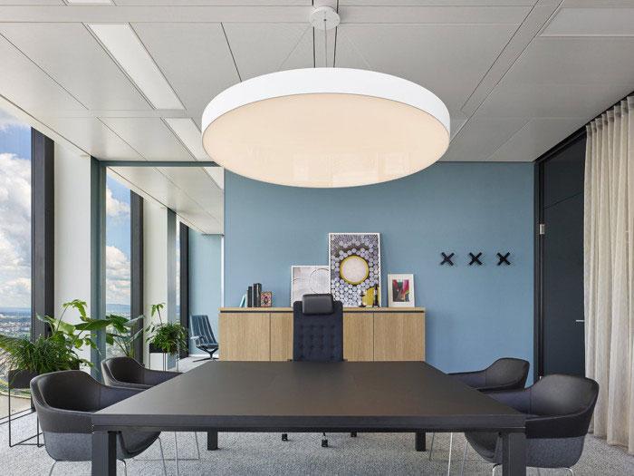 desain-interior-kantor-futuristik-13