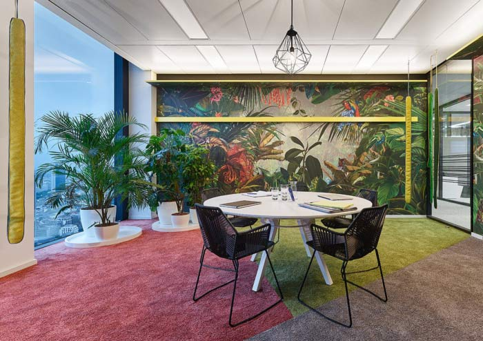 desain-interior-kantor-futuristik-15